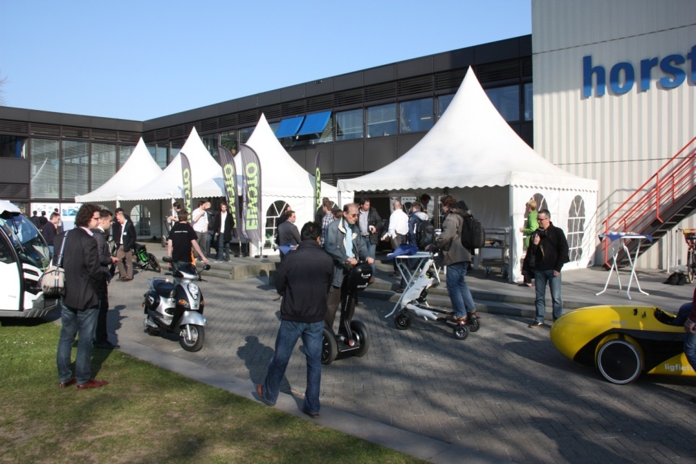 Workshop 'Elektrisch rijden, maar dan anders': almost 100 participants, over 250 rides, 0 accidents.
